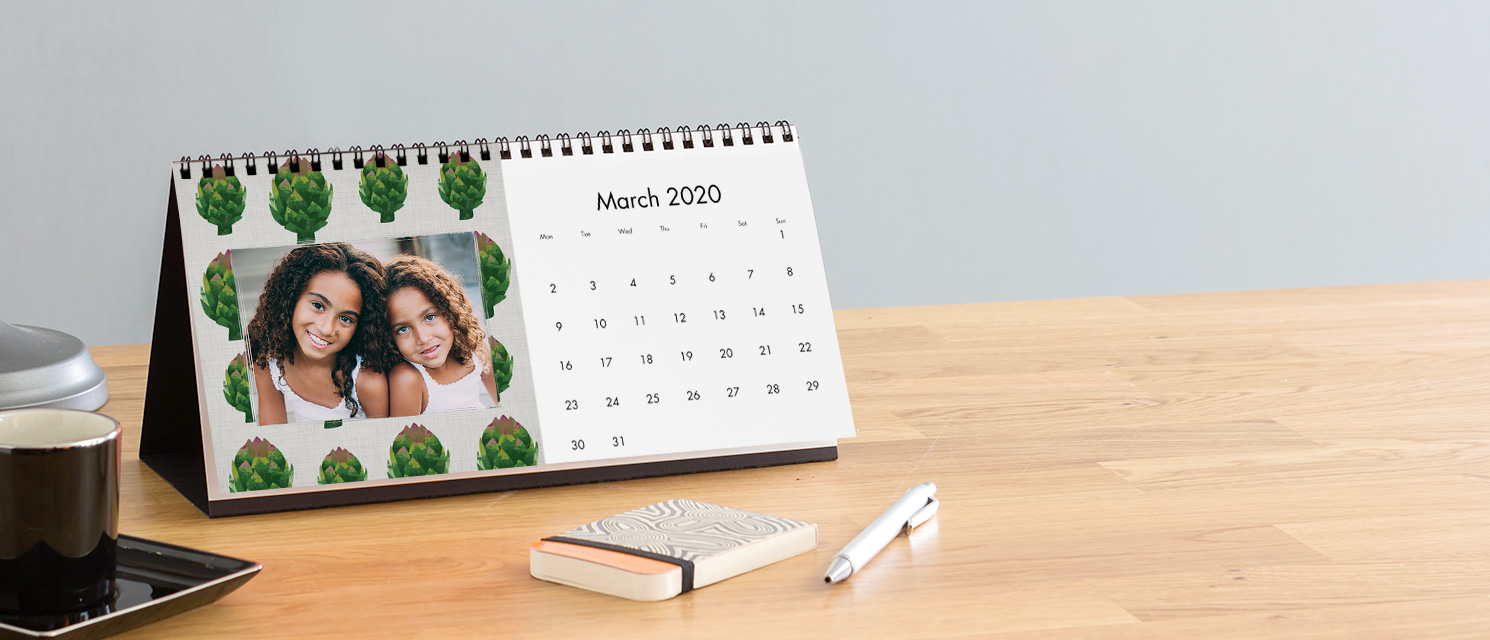 Desk Calendars Come Customized With Personal Photos & Text