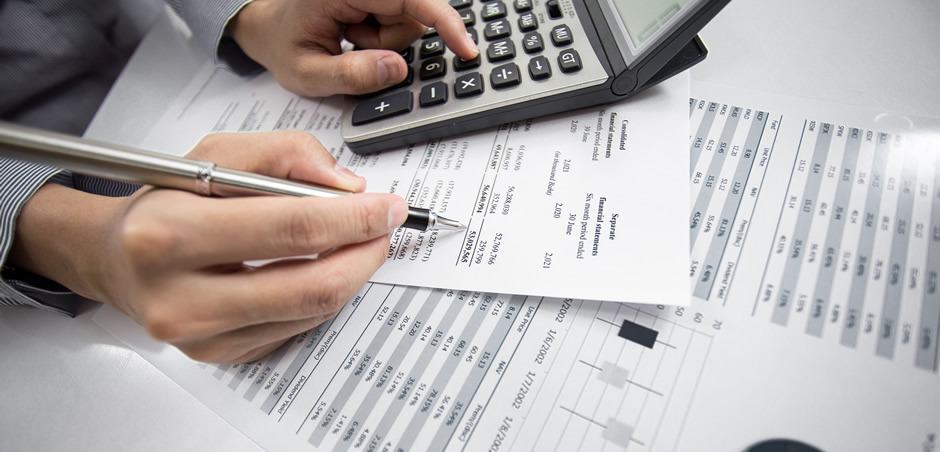 Outsourcing Your Payroll Services as a Small Business Owner