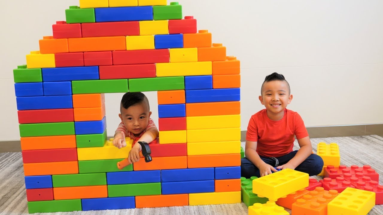 Affordable yet high-quality construction toys make users satisfied