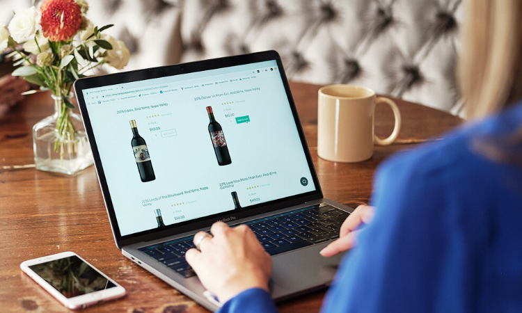 Online wine store: Delivers High-quality wines to your doorstep